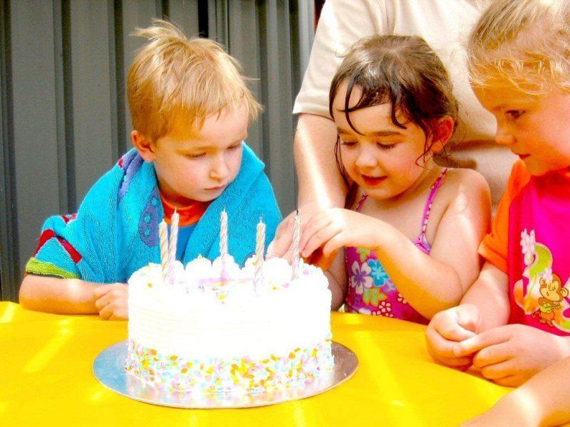 birthday-party-4-1482902.jpg